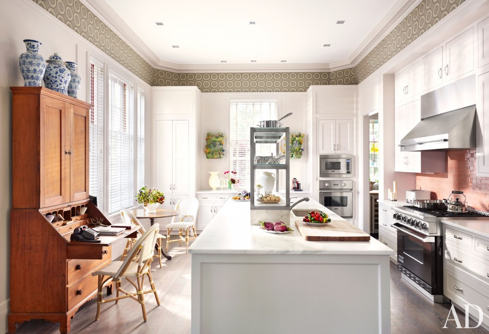 Traditional Kitchen by Katie Ridder and Peter Pennoyer in Millbrook, NY
