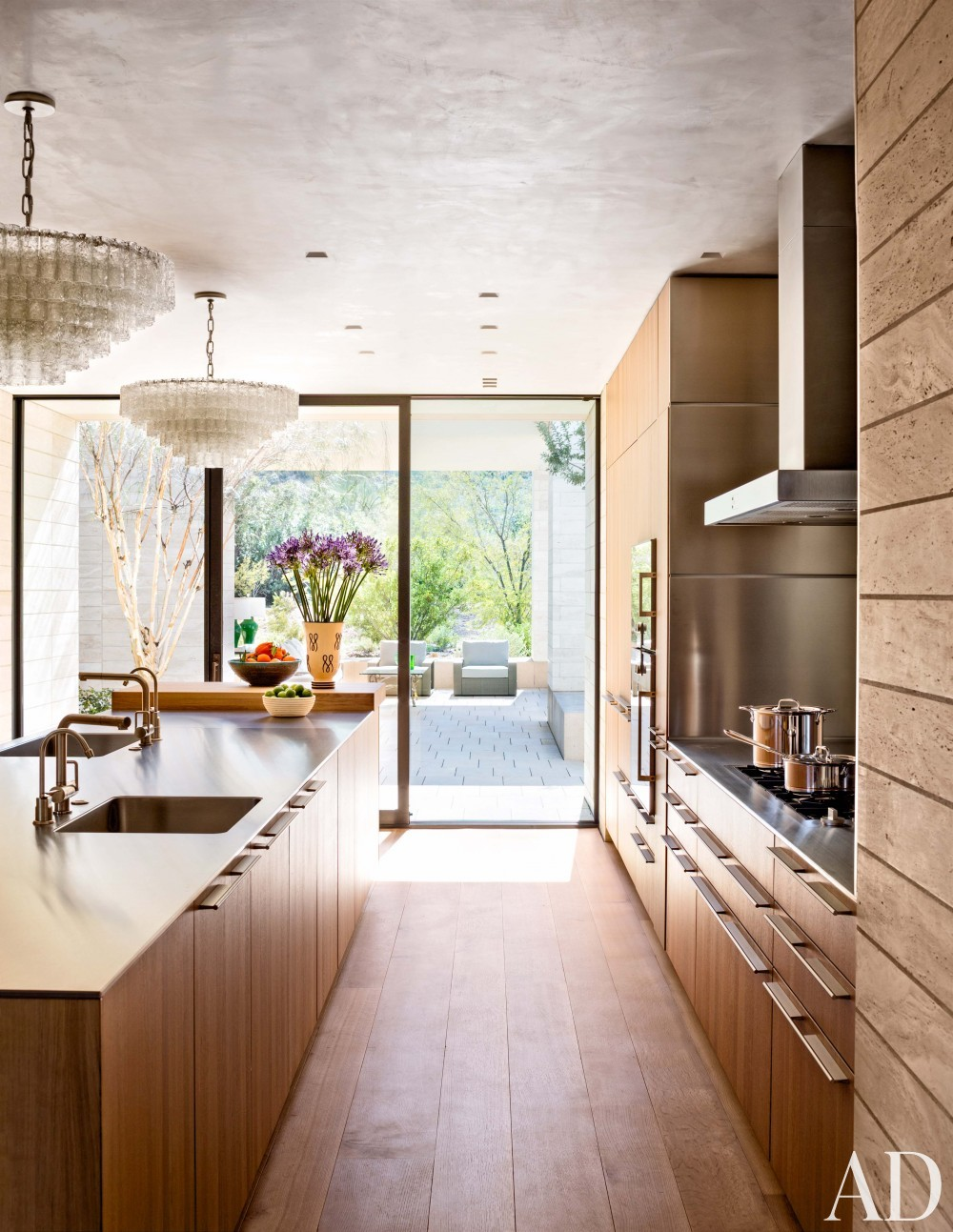 Contemporary Kitchen by Jan Showers and Marwan Al-Sayed in Arizona