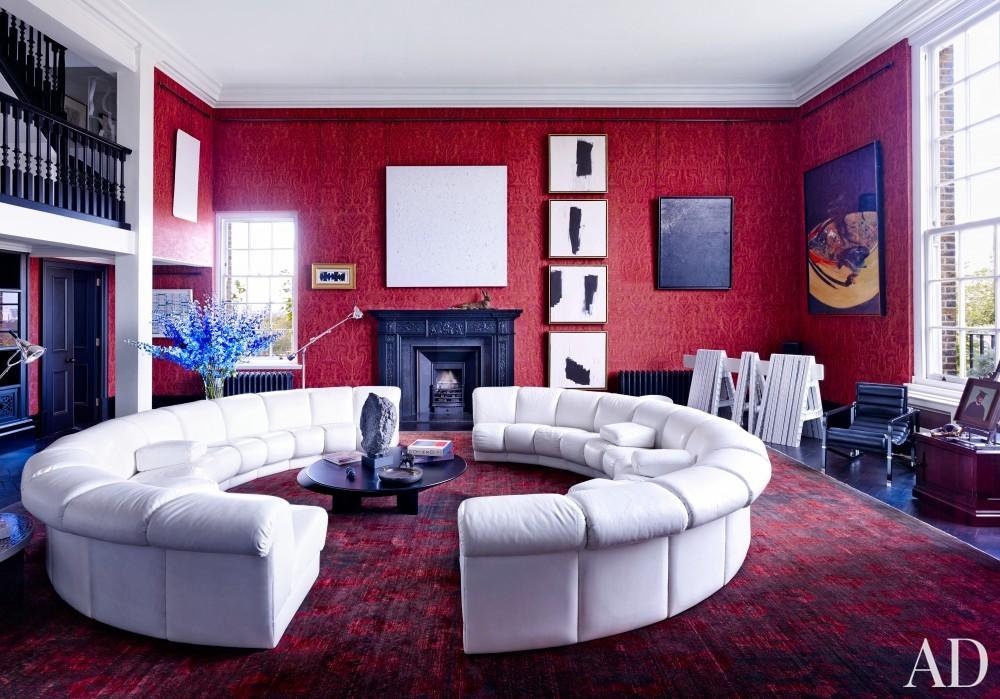 Modern Living Room by Veere Grenney in London, UK