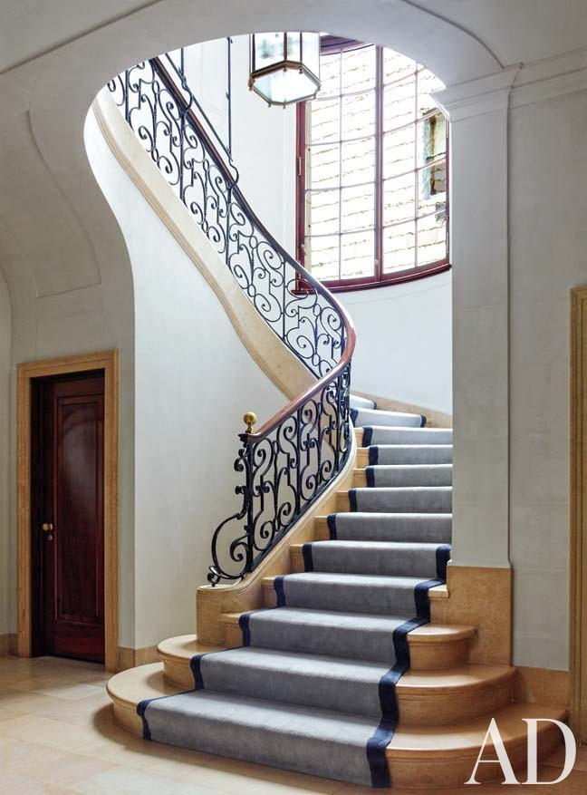 Traditional Staircase/Hallway by Steven Gambrel in New York, NY