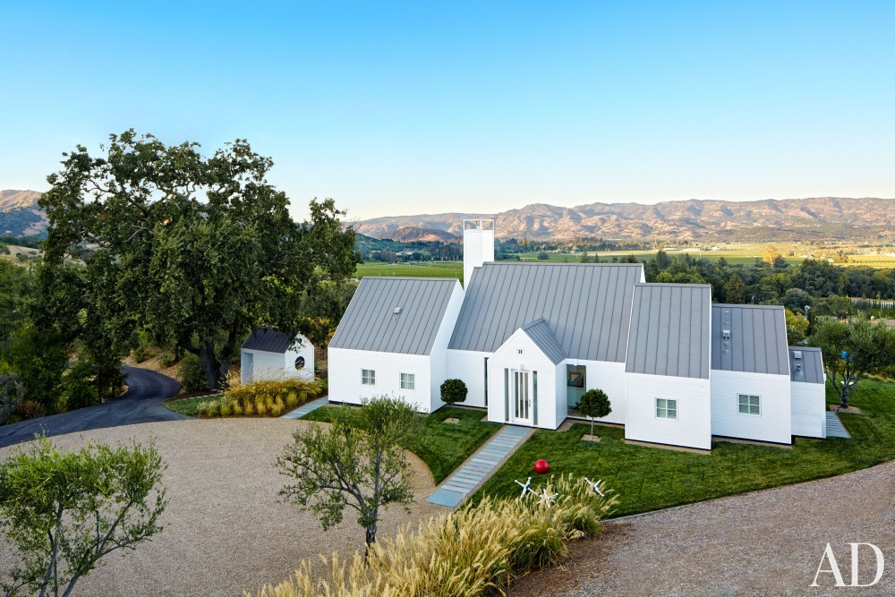 Contemporary Exterior by Jeff Atlas and Jacobsen Architecture in Napa Valley, CA