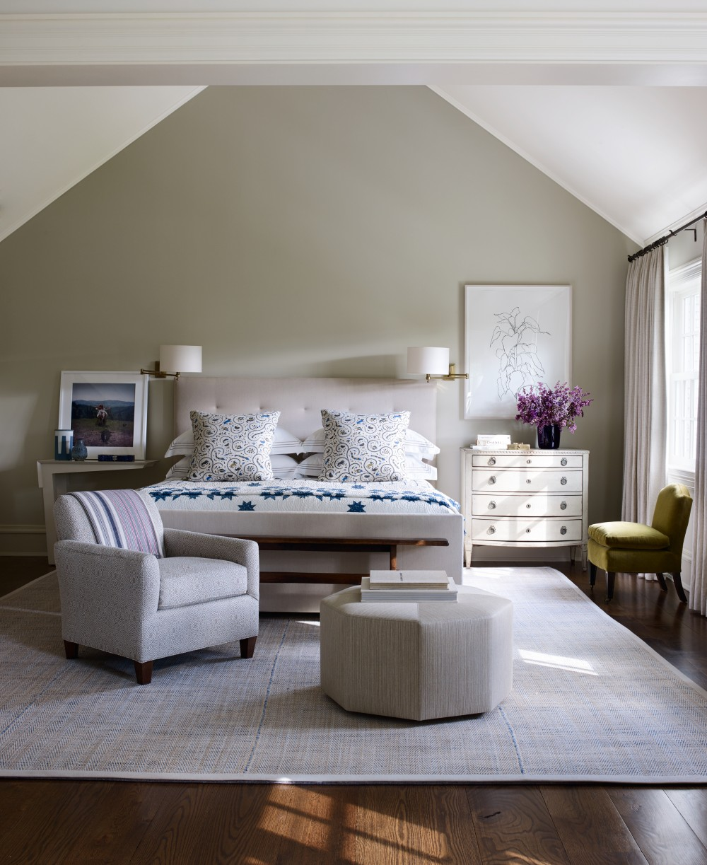 Bedroom by mark cunningham by architectural digest ad for Mark v bedroom volume