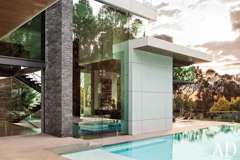 Contemporary Outdoor Space by Tocha Project and Marc Whipple in Beverly Hills, CA