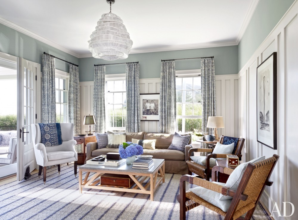 Beach Living Room by Victoria Hagen and Botticelli & Pohl Architects in Nantucket, MA
