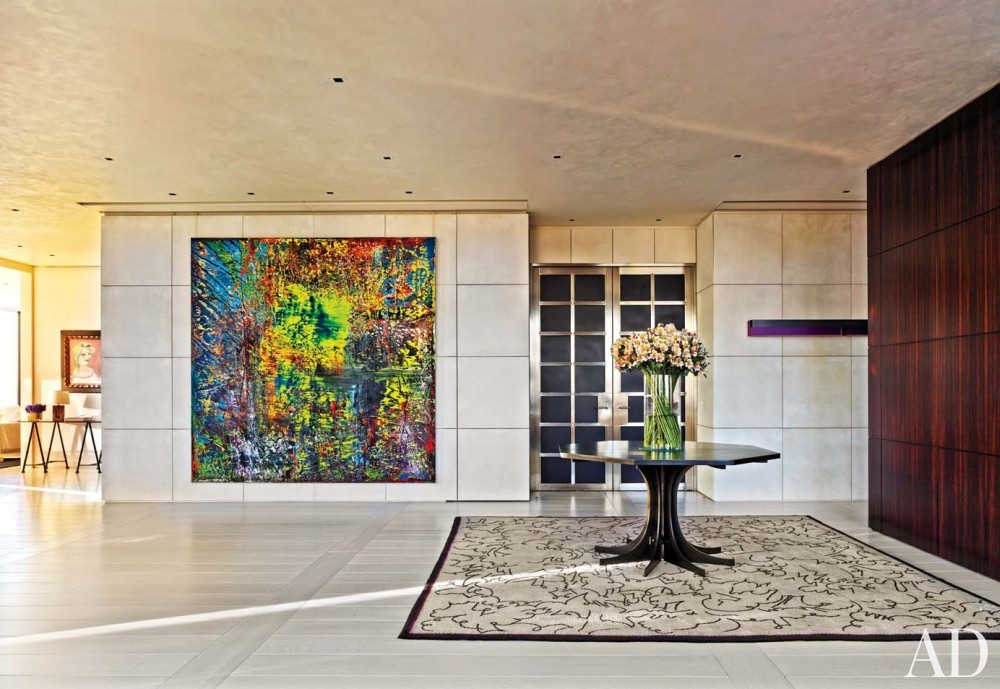 Modern Entrance Hall by Atelier AM and Marvin Herman & Associates in Chicago, IL