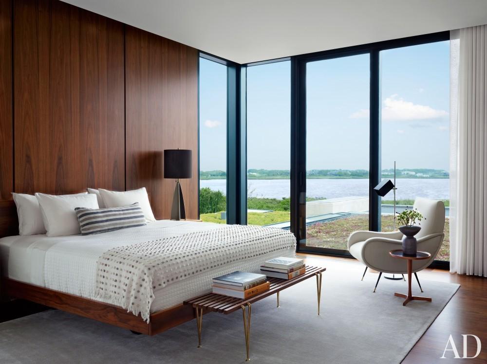 Modern Bedroom by Sawyer | Berson and Randi Puccio in Bridgehampton, NY