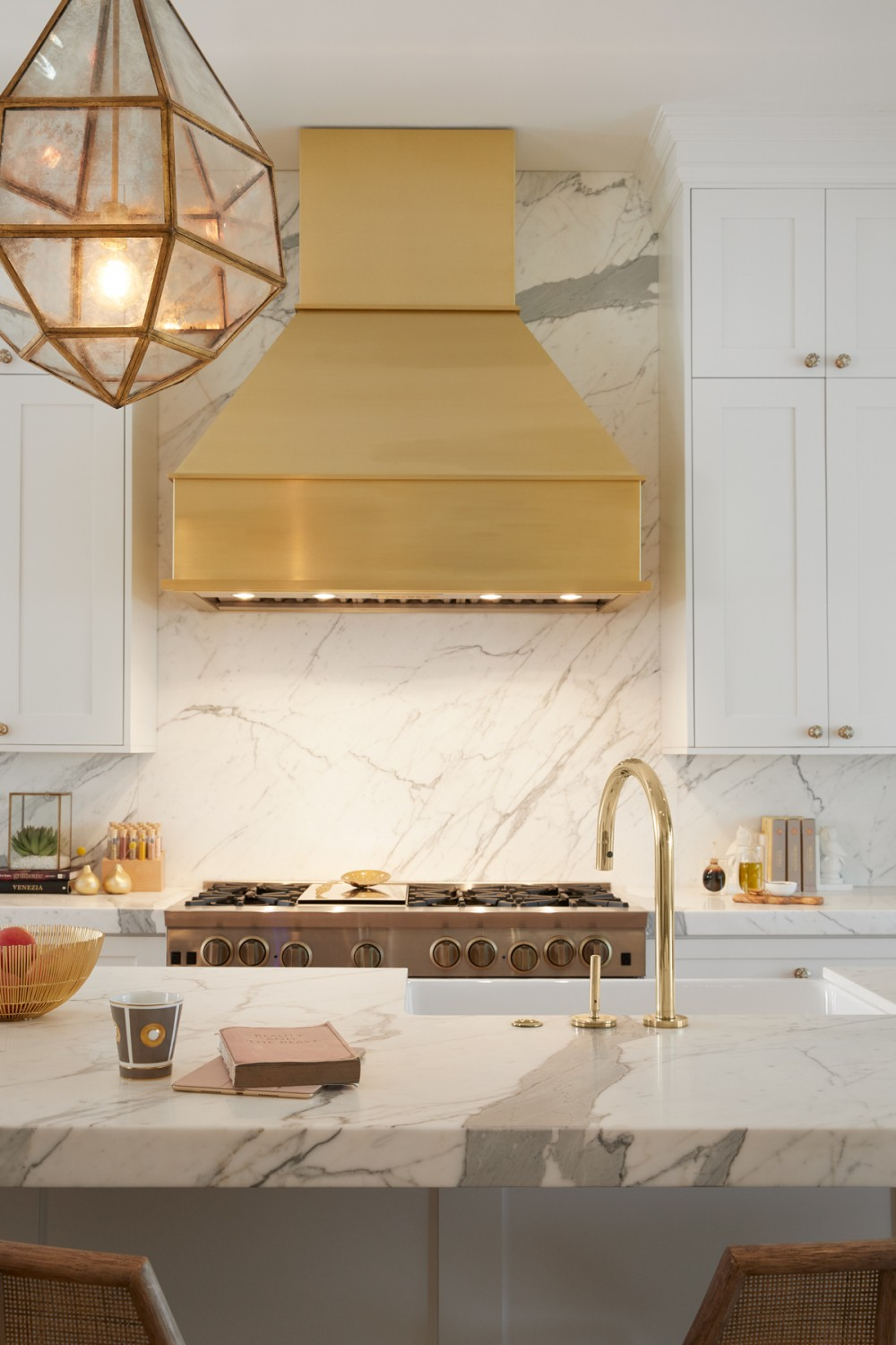 One™ kitchen faucet   Whitehaven® Hayridge kitchen sink    Brass makes a beautifully bold statement in the kitchen.