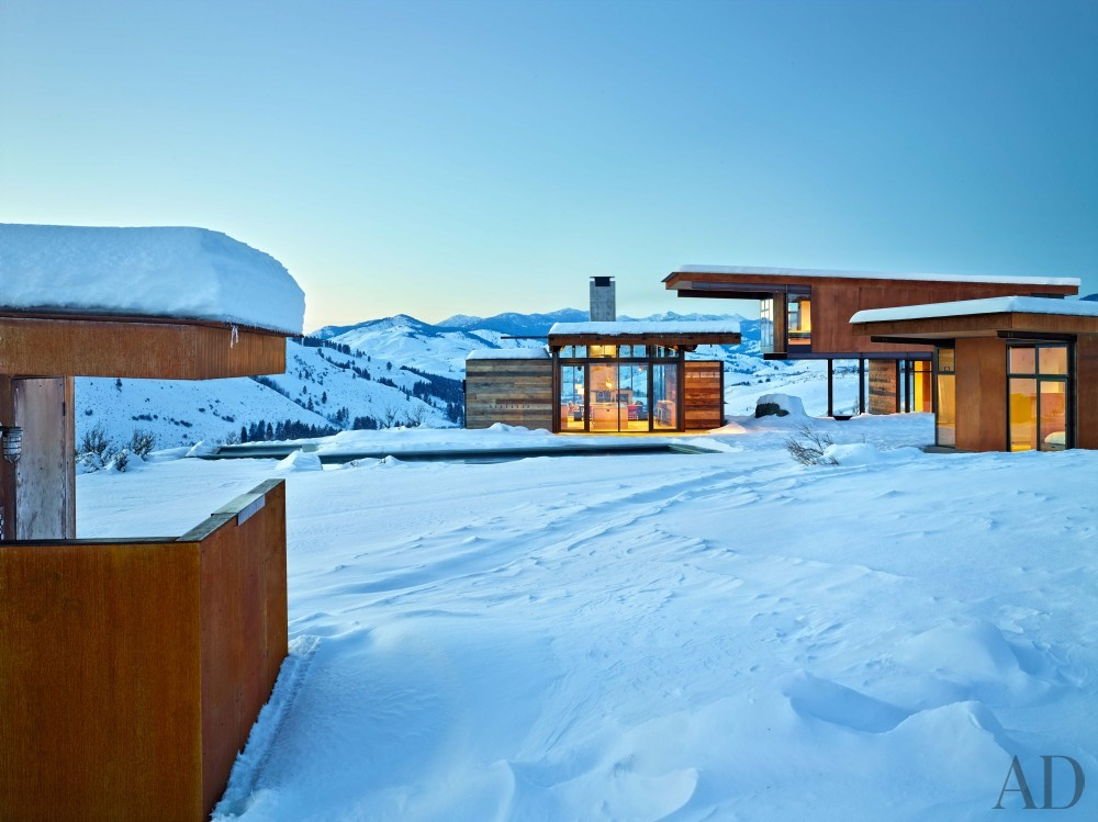 Contemporary Exterior and Olson Kundig Architects in Cascade Mountain, WA