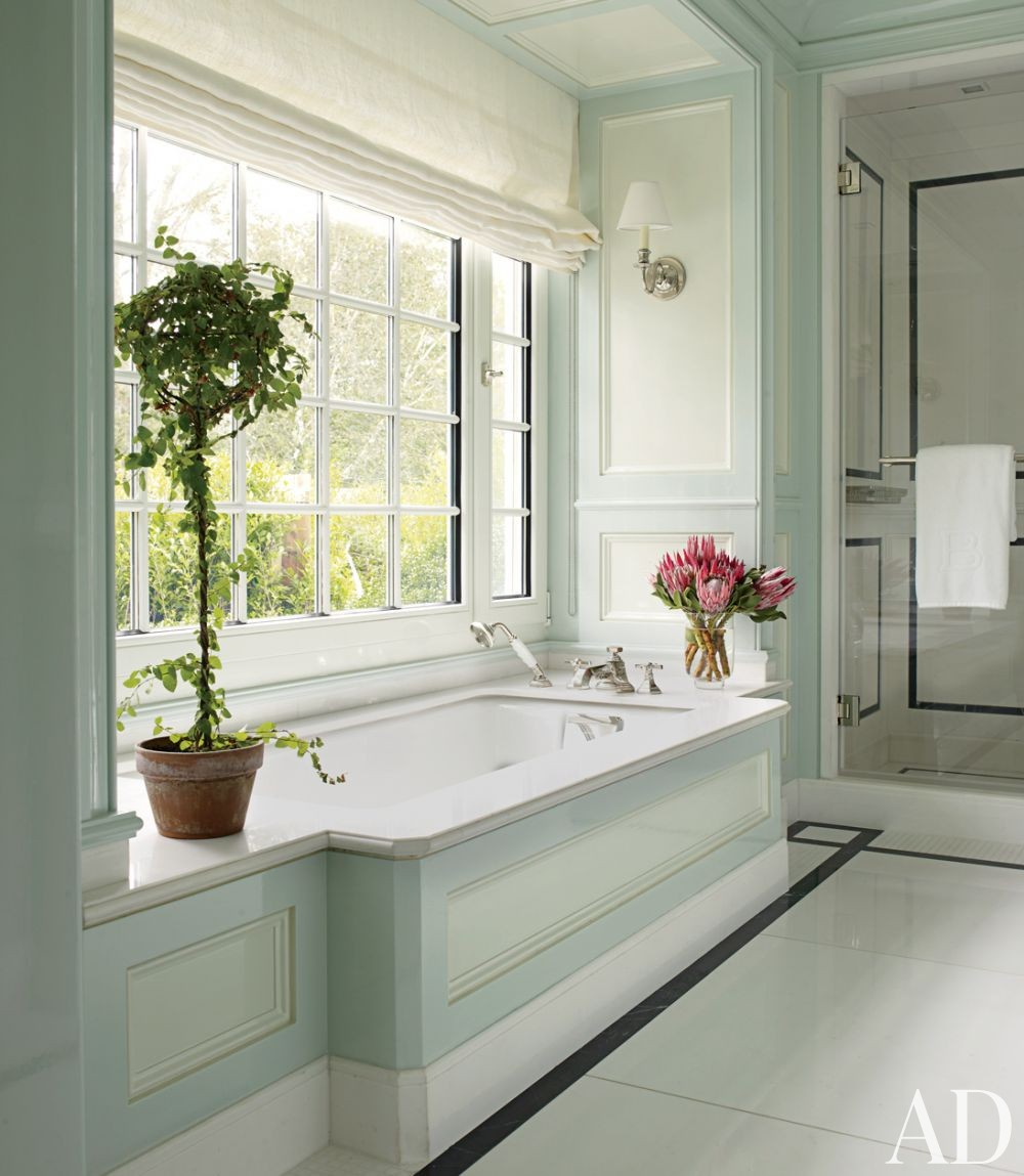 Beach bathroom by christopher maya by architectural digest for Beach house master bathroom