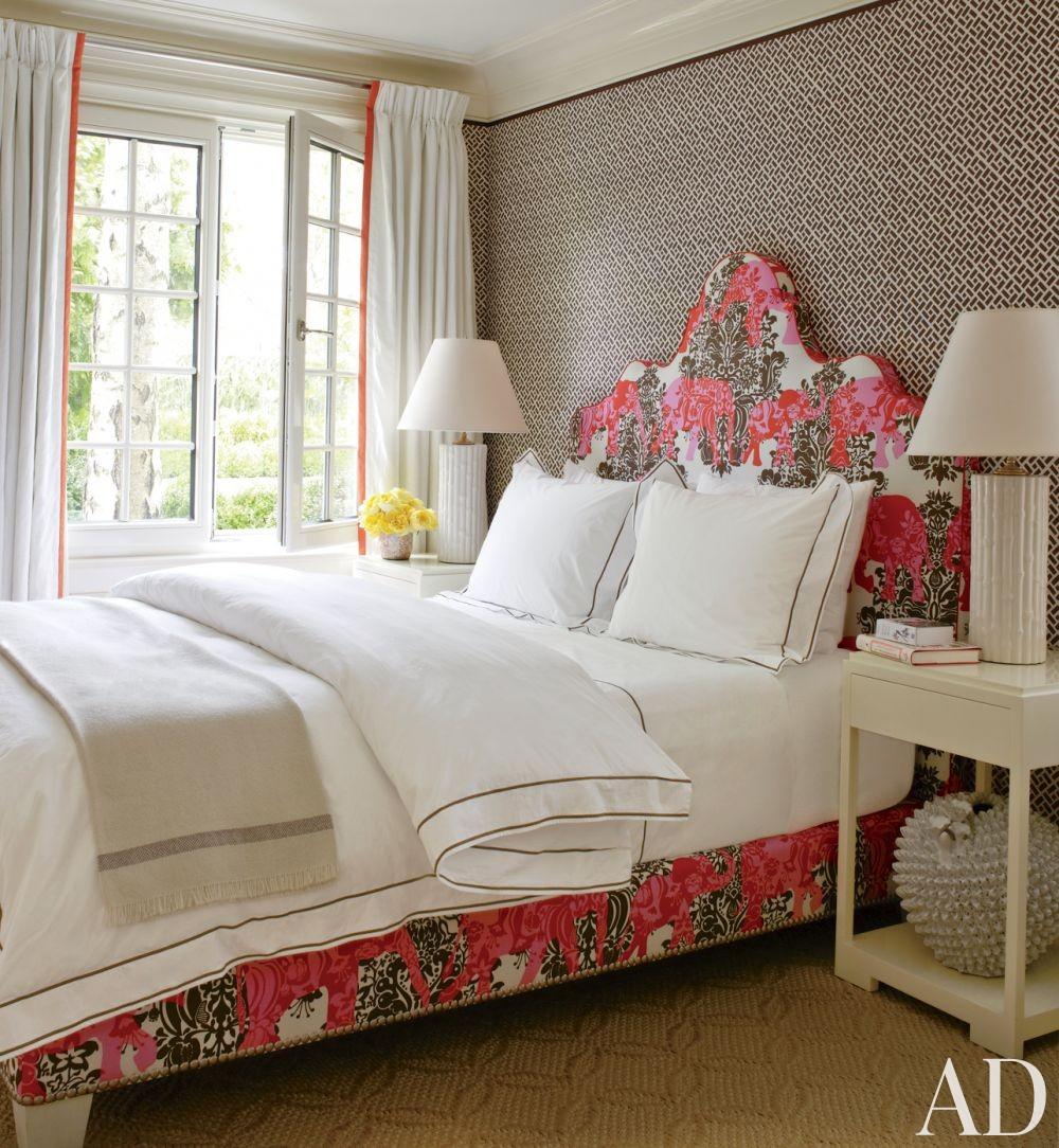 Beach Bedroom by Christopher Maya and Marina Lanina Studio in Southampton, New York