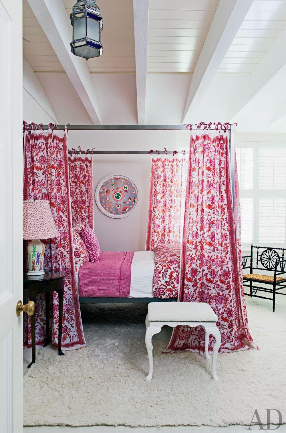 Beach Bedroom by Piccione Architecture & Design and Piccione Architecture & Design in Shelter Island, New York