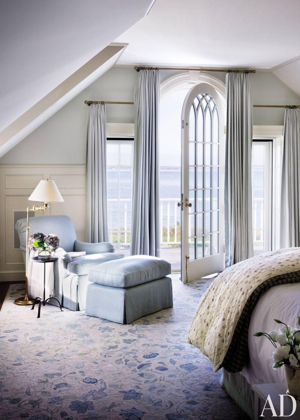 Beach Bedroom by Victoria Hagan Interiors and Ferguson & Shamamian Architects in Martha\'s Vineyard, Massachusetts