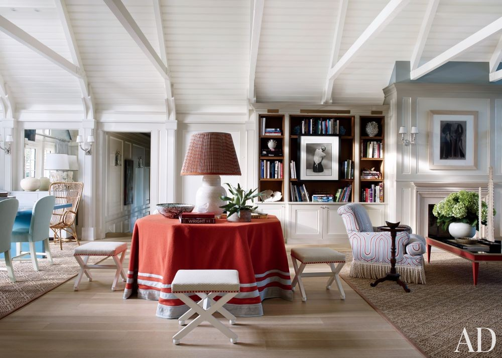 Beach Living Room by Christopher Maya and Marina Lanina Studio in Southampton, New York
