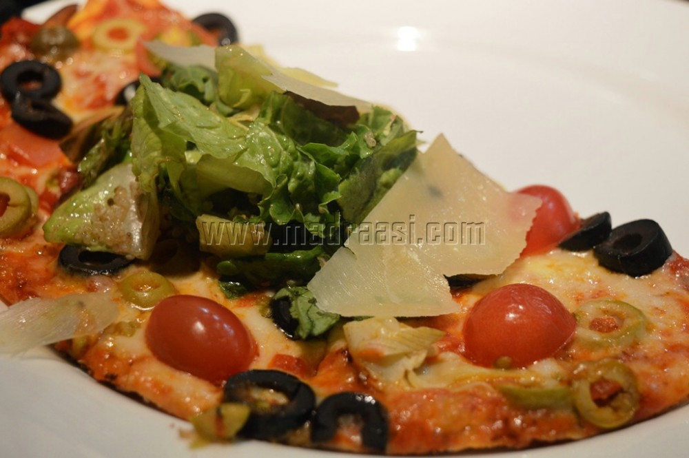 New Menu Tasting California Pizza Kitchen By Madraasi Epicurious Community Table