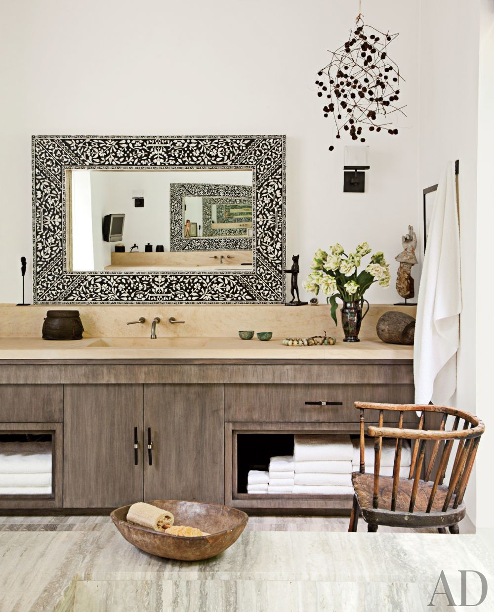 Contemporary Bathroom in Beverly Hills, California