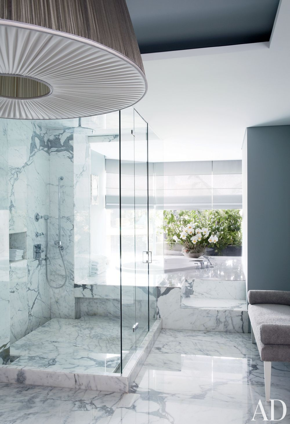 Contemporary Bathroom by Jean-Louis Deniot and Jean-Louis Deniot in Colombia