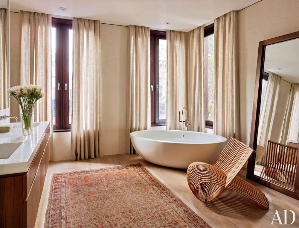 Contemporary Bathroom by Laura Santos and 1100 Architect in New York, New York