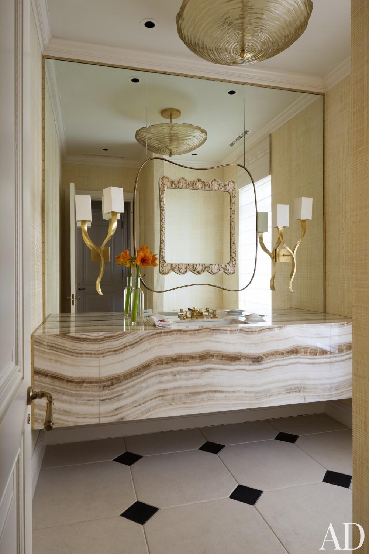 Contemporary Bathroom by Roger Thomas, Wynn Design & Development in New York, New York