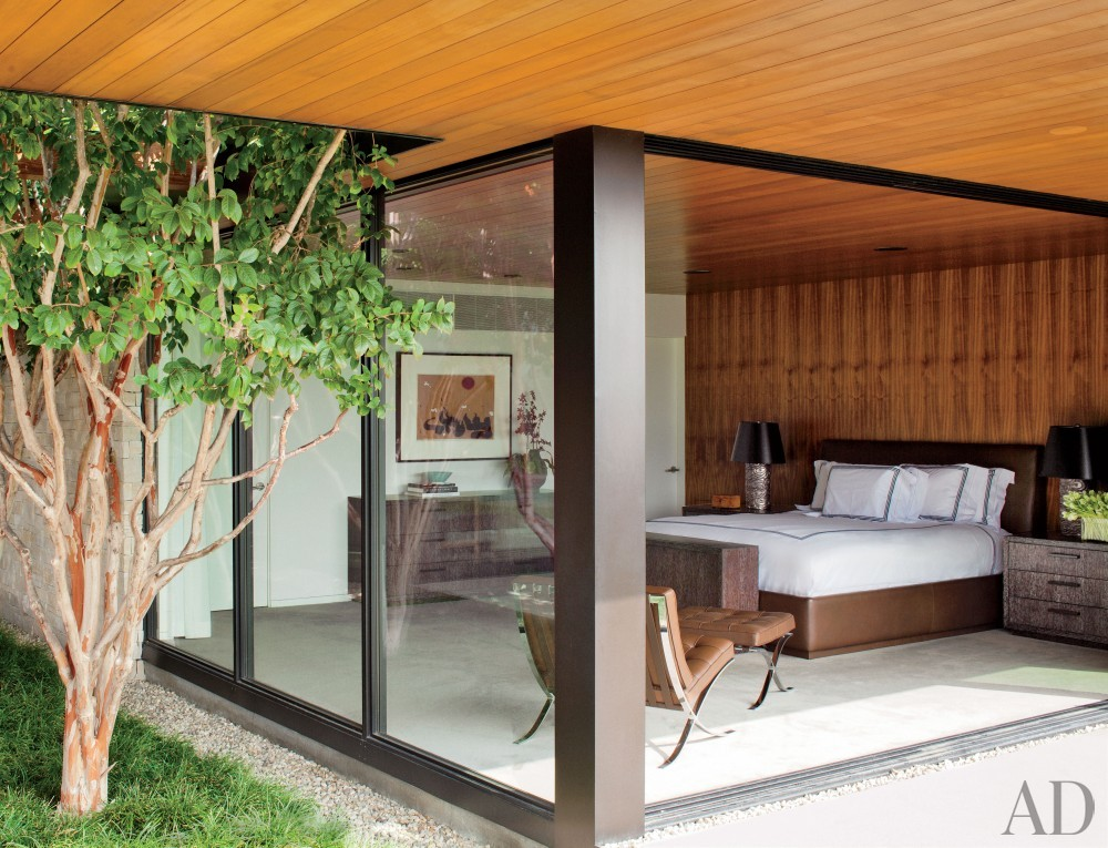 Contemporary Bedroom by Boehm Design Associates and Marmol Radziner in Beverly Hills, California