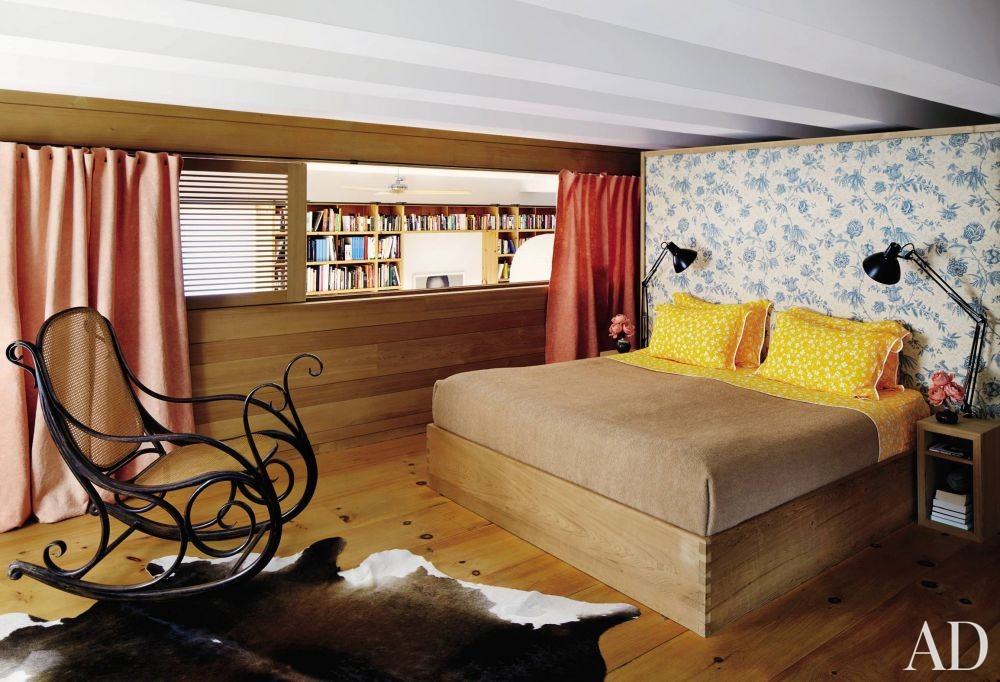 Contemporary Bedroom by Descience Laboratories Inc. and Sachs Lindores in New York, New York