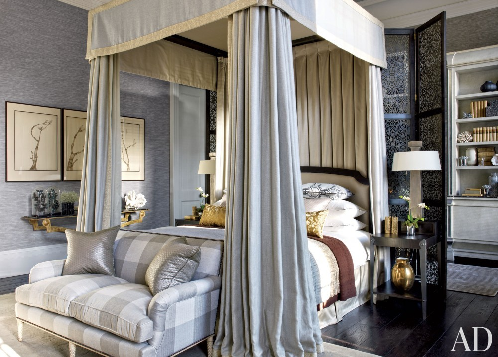 Contemporary Bedroom by Hubert Zandberg and Jan Swanepoel in London, England