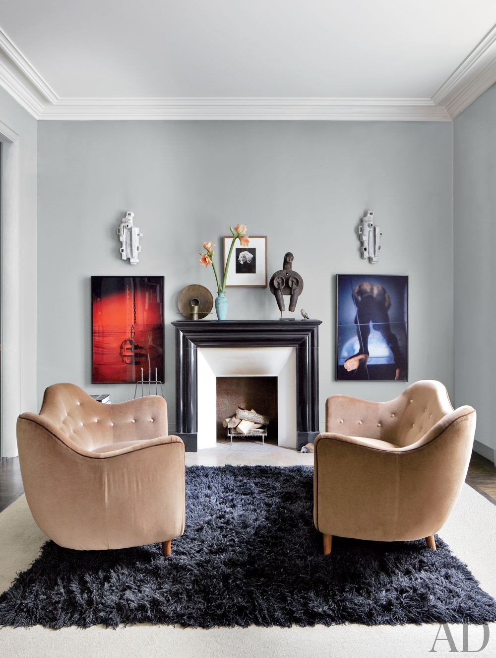 Contemporary Bedroom Bruno Caron Architectes in Paris, France