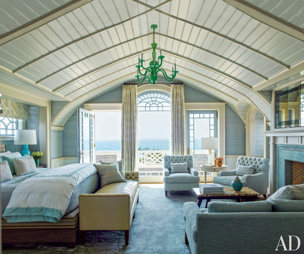 Contemporary Bedroom by S.R. Gambrel Inc. and Robert A.M. Stern Architects in East Quogue, New York