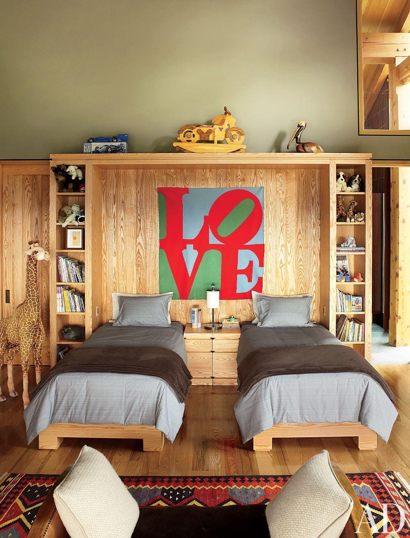 Contemporary Children\'s Room by Ike Kligerman Barkley Architects in Hudson Valley, New York