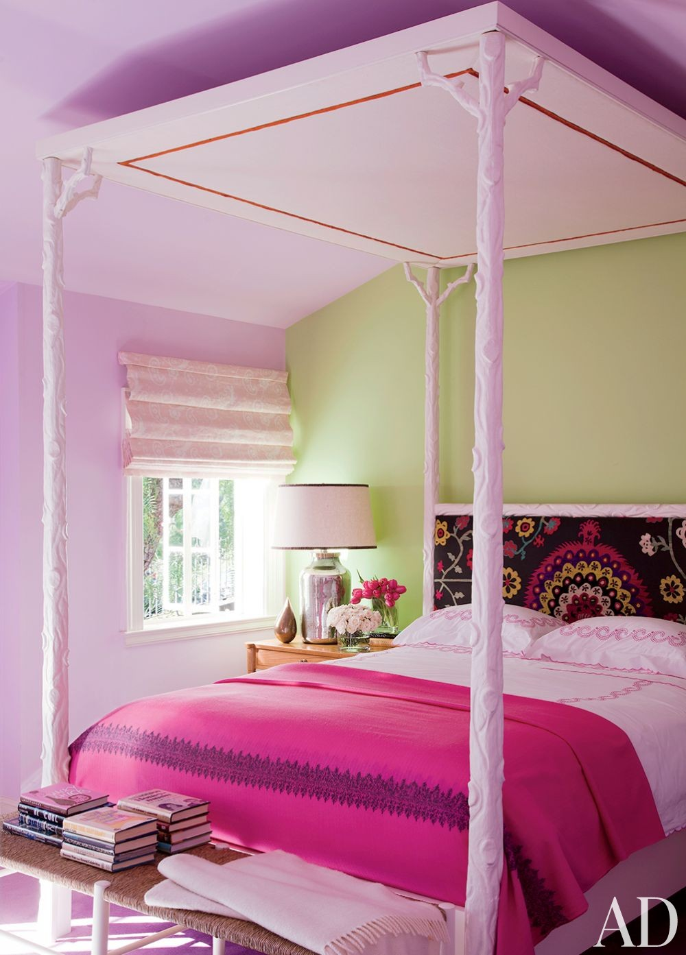 Contemporary Children\'s Room by Peter Dunham Design in Beverly Hills, California