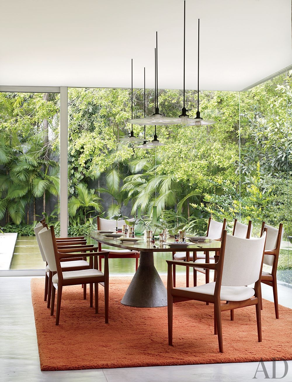 Contemporary Dining Room By Isay Weinfeld Architectural