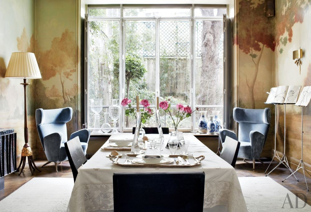 Contemporary Dining Room by Bruno Caron Architectes in Paris, France