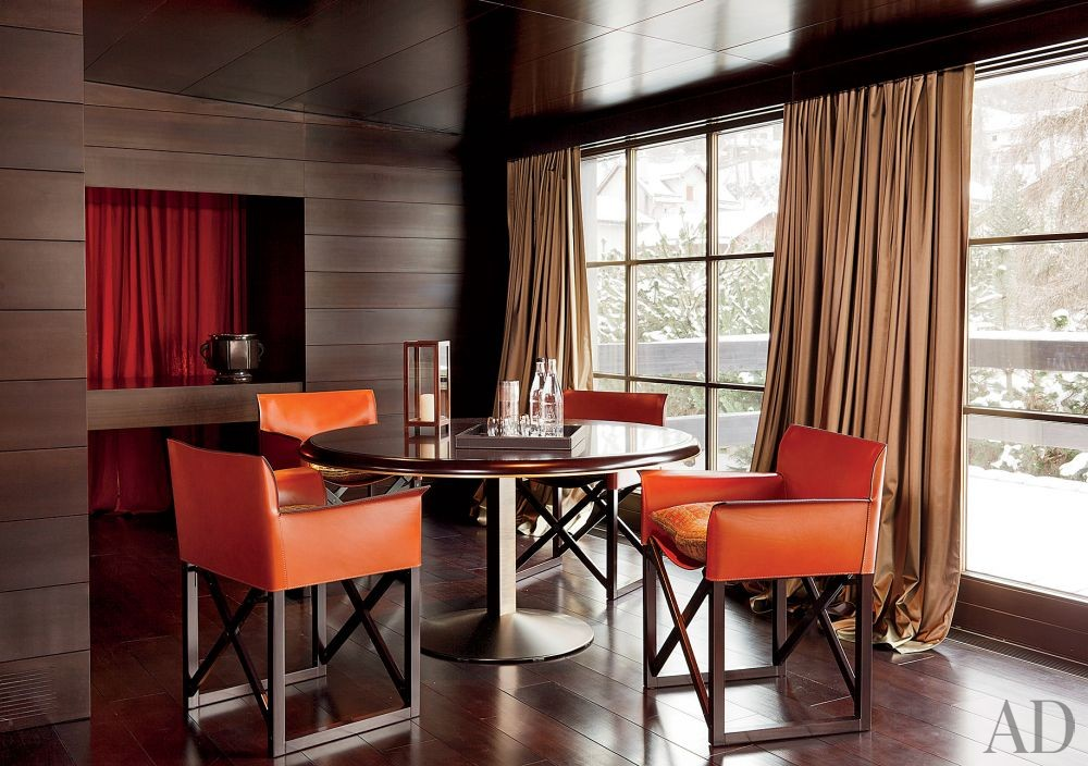 Contemporary Dining Room in Saint Moritz, Switzerland