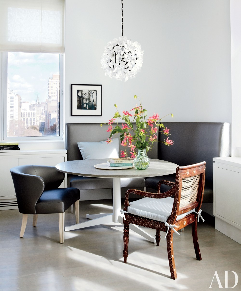 Contemporary Dining Room by Vicente Wolf Associates Inc. in New York, New York