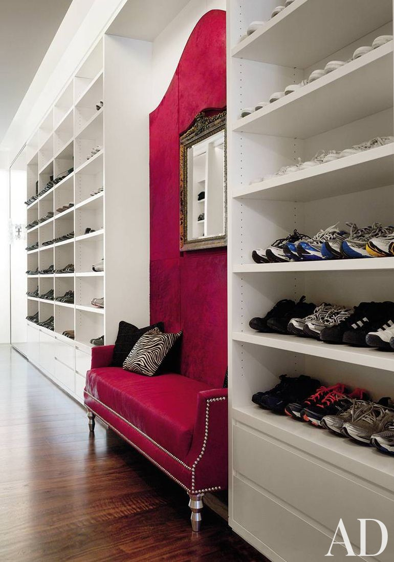 Contemporary Dressing Room/Closet by Ingrao Inc. and Frederic Schwartz Architects in New York, New York