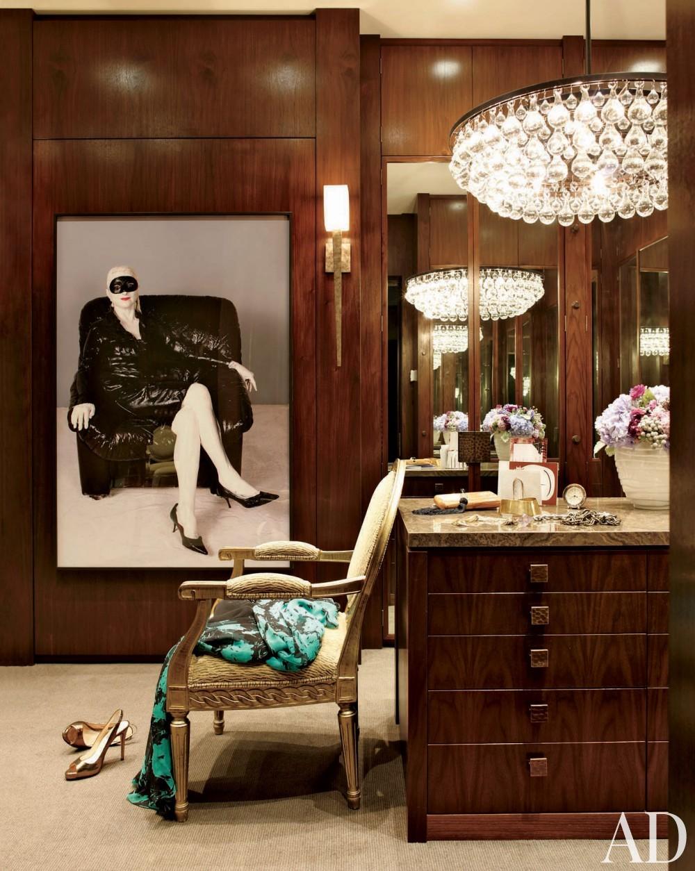 Contemporary Dressing Room by Furze Bard + Associates and Manuel J. Diaz in Jupiter, Florida