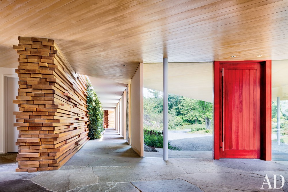 Contemporary Entrance Hall and Gluck+ in Blue Ridge Mountains, NC