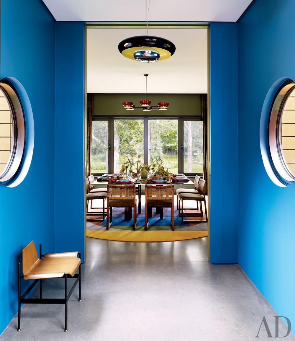 Contemporary Entrance Hall by Muriel Brandolini and Raffaella Bortoluzzi in Hampton Bays, New York