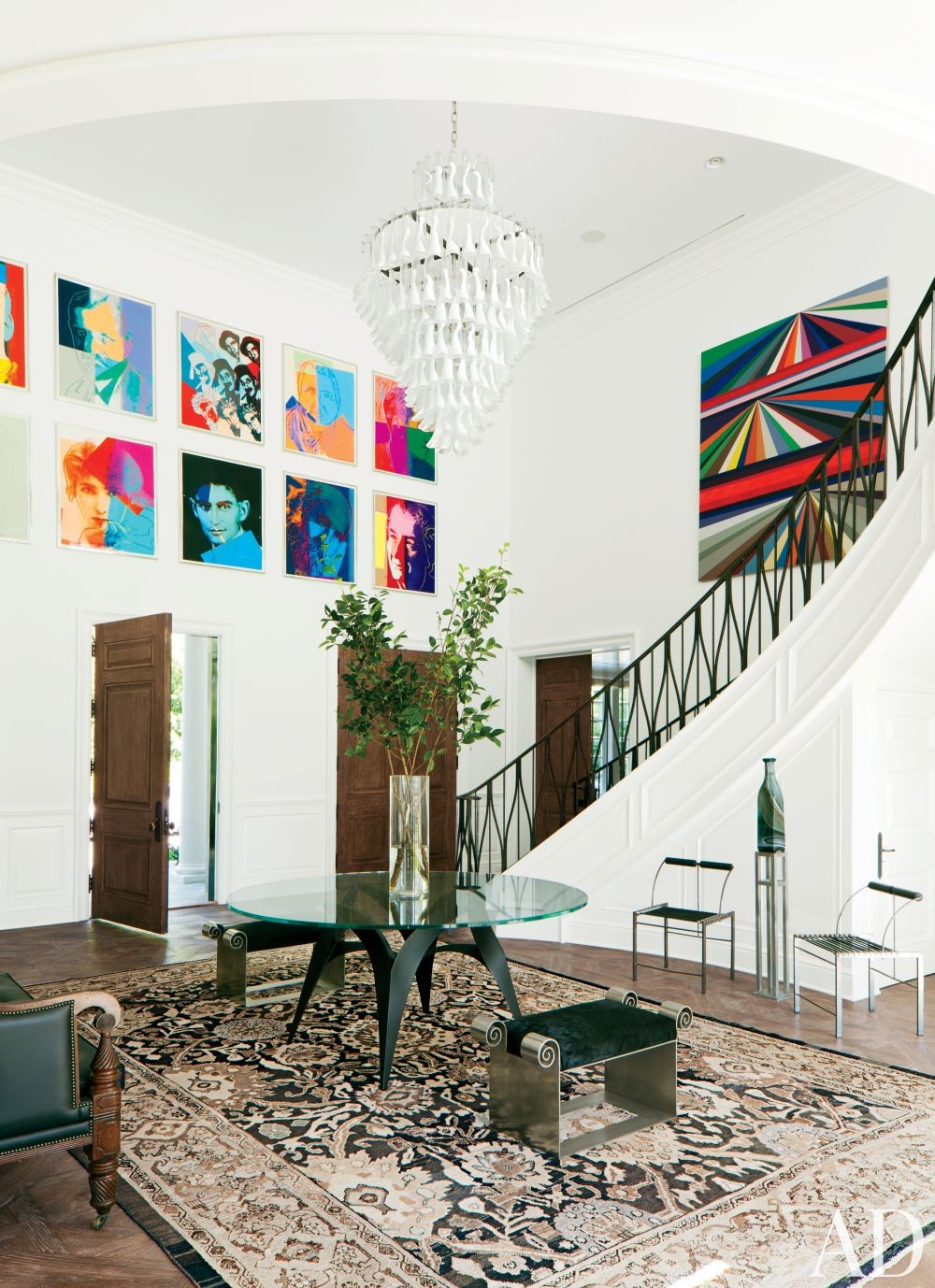 Contemporary Entrance Hall by Waldo\'s Designs in Beverly Hills, California