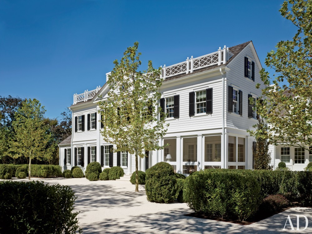 Contemporary Exterior by Sawyer | Berson and Sawyer | Berson in Southampton, NY