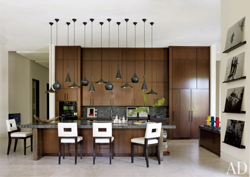 Contemporary Kitchen by Furze Bard + Associates and Manuel J. Diaz in Jupiter, Florida