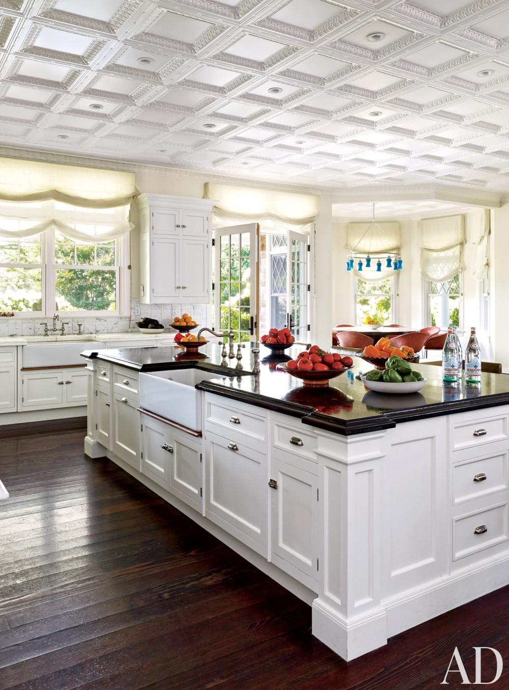 Contemporary kitchen by Juan Montoya Design in Southampton, NY