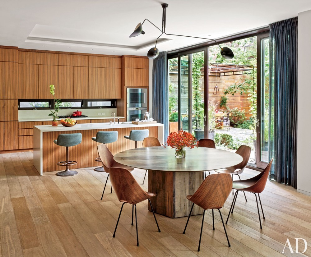 Contemporary Kitchen by Laura Santos and 1100 Architect in New York, New York