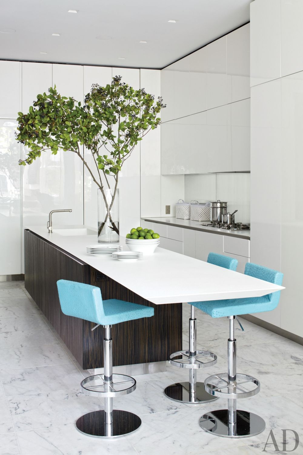 Contemporary Kitchen by Pamplemousse Design and Oliver Cope Architect in New York, New York