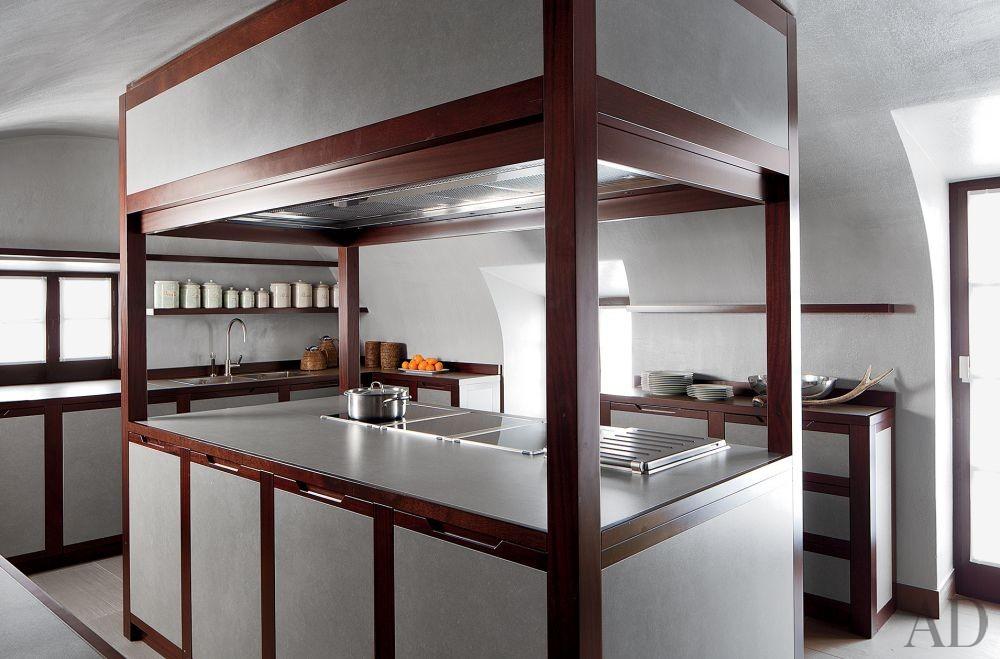 Contemporary Kitchen in Saint Moritz, Switzerland