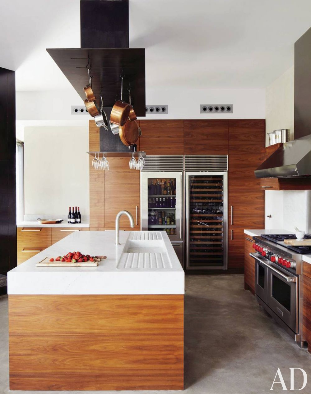 Contemporary Kitchen and Olson Kundig Architects in Sitges, Spain