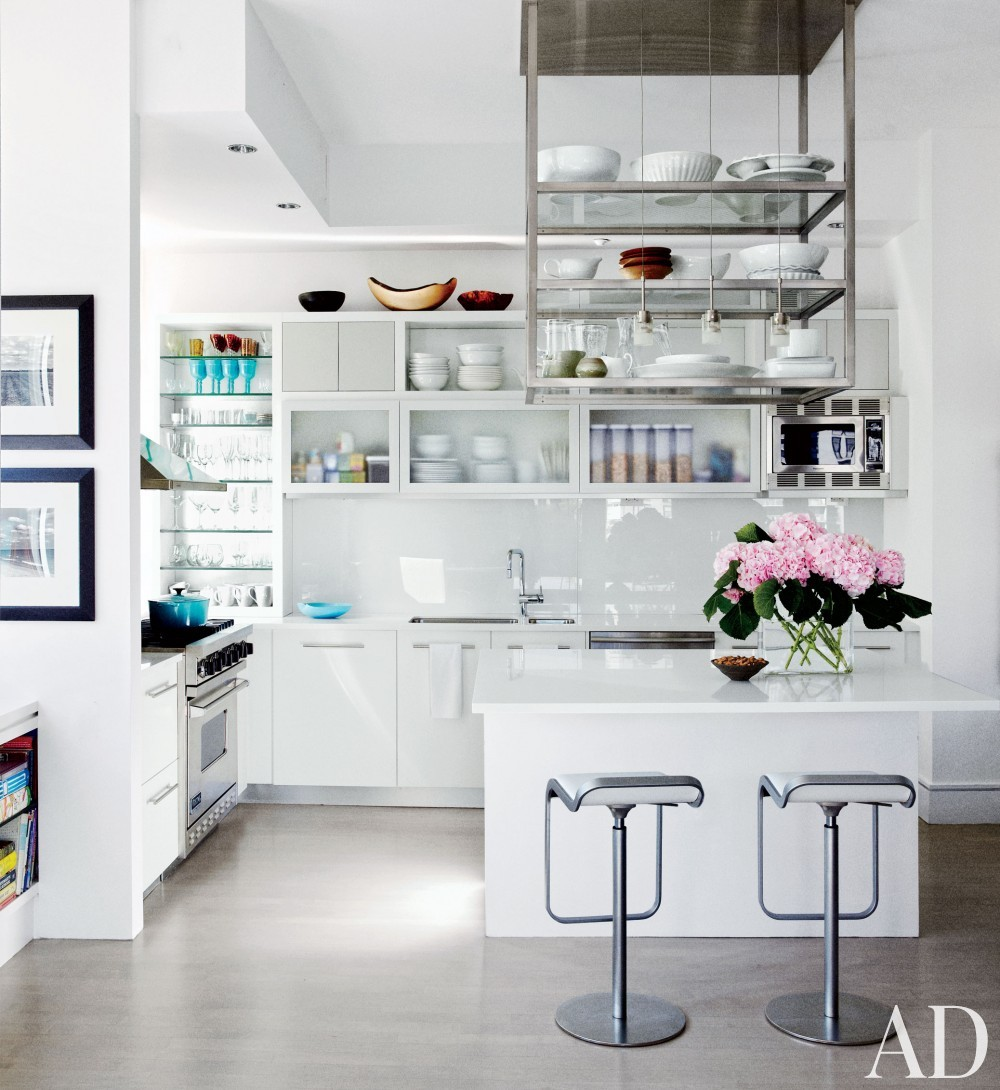 Contemporary Kitchen by Vicente Wolf Associates Inc. in New York, New York
