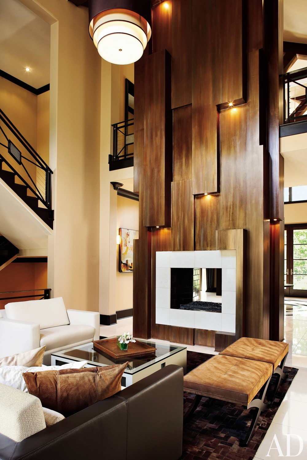 Contemporary Living Room by Ann Davis and David Grace in Atlanta, Georgia