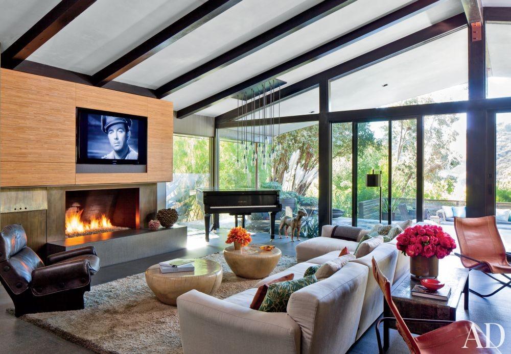 Contemporary Living Room by Desiderata Design in Los  Angeles, California