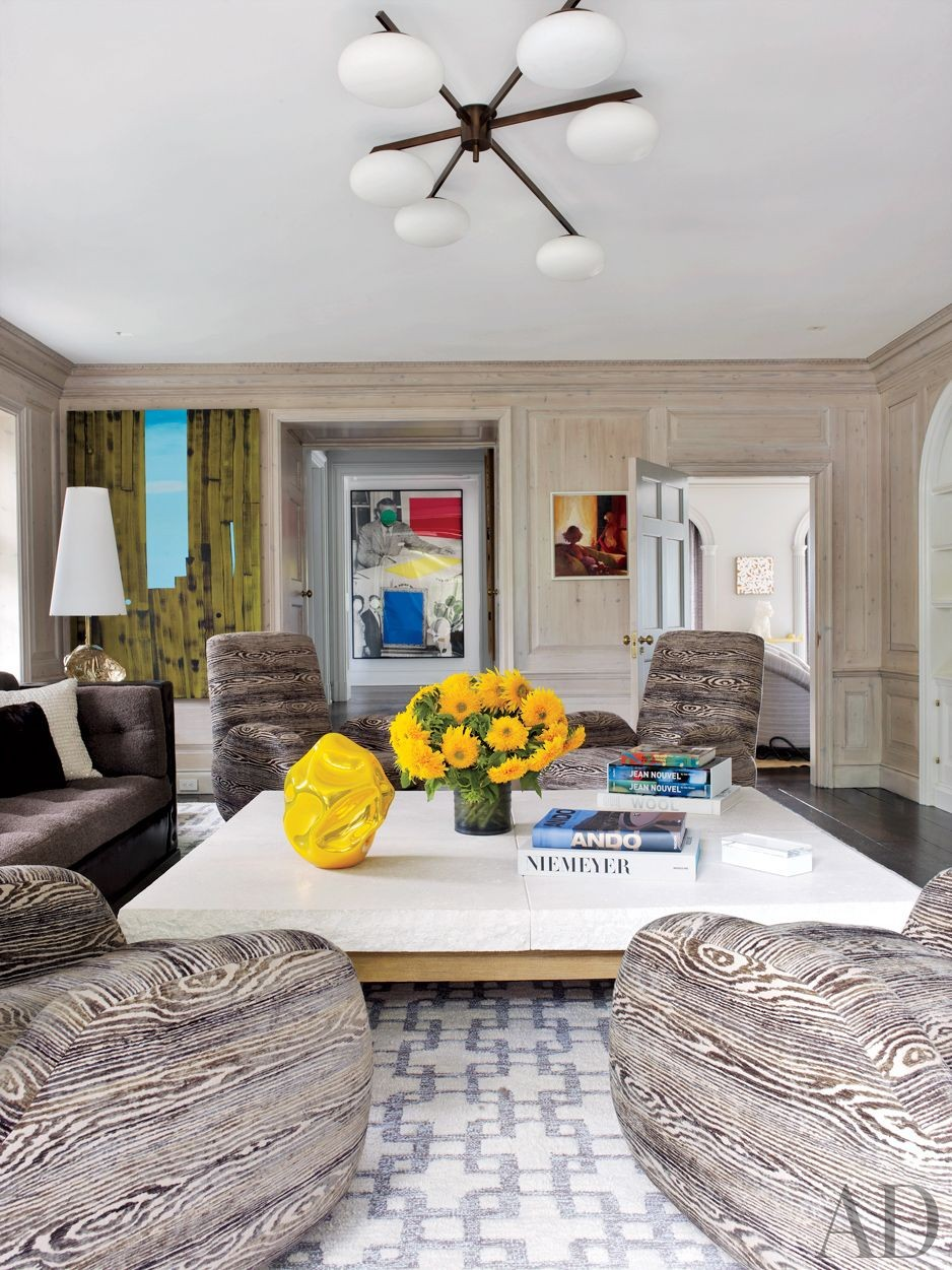 Contemporary Living Room by Fox-Nahem Associates and Alveary Architecture in Greenwich, Connecticut