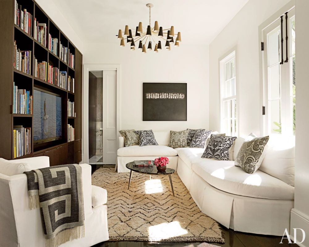 Contemporary Living Room by Lee Ledbetter & Associates in New Orleans, Louisiana